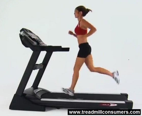 sole treadmill running women
